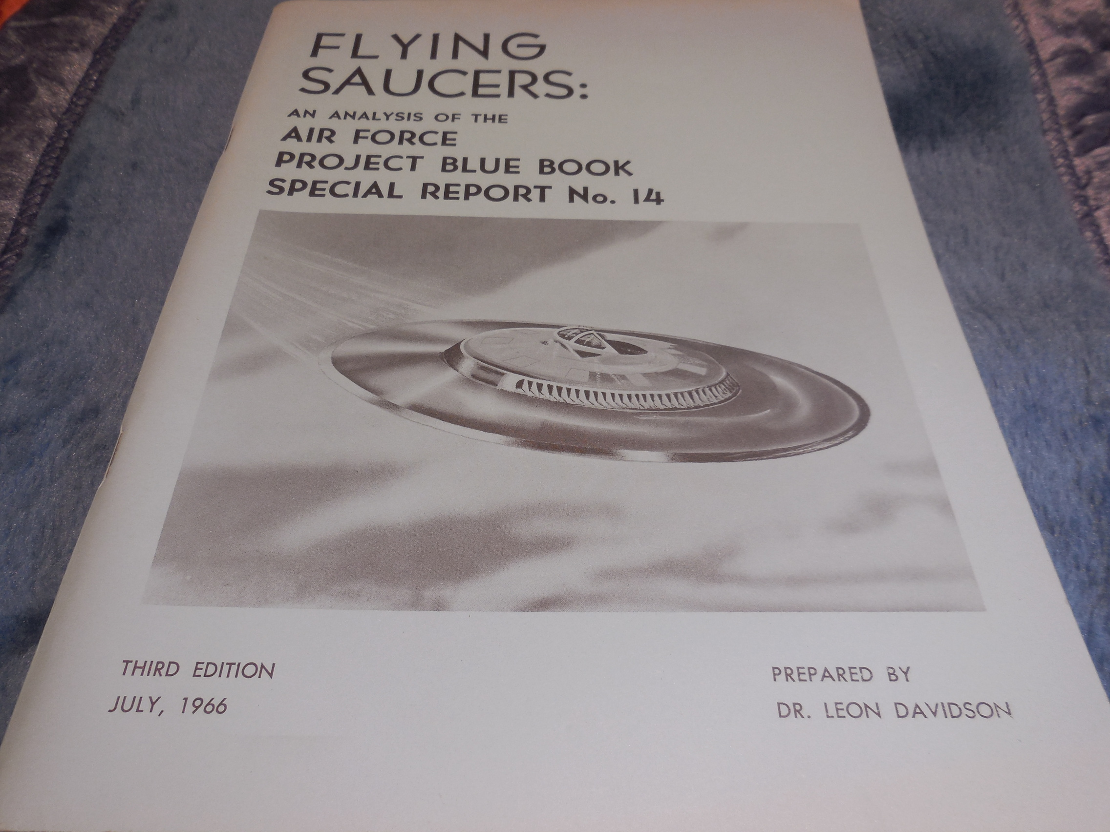 Image for Flying Saucers: An Analysis of the Air Force Project Blue Book Special Report No. 14