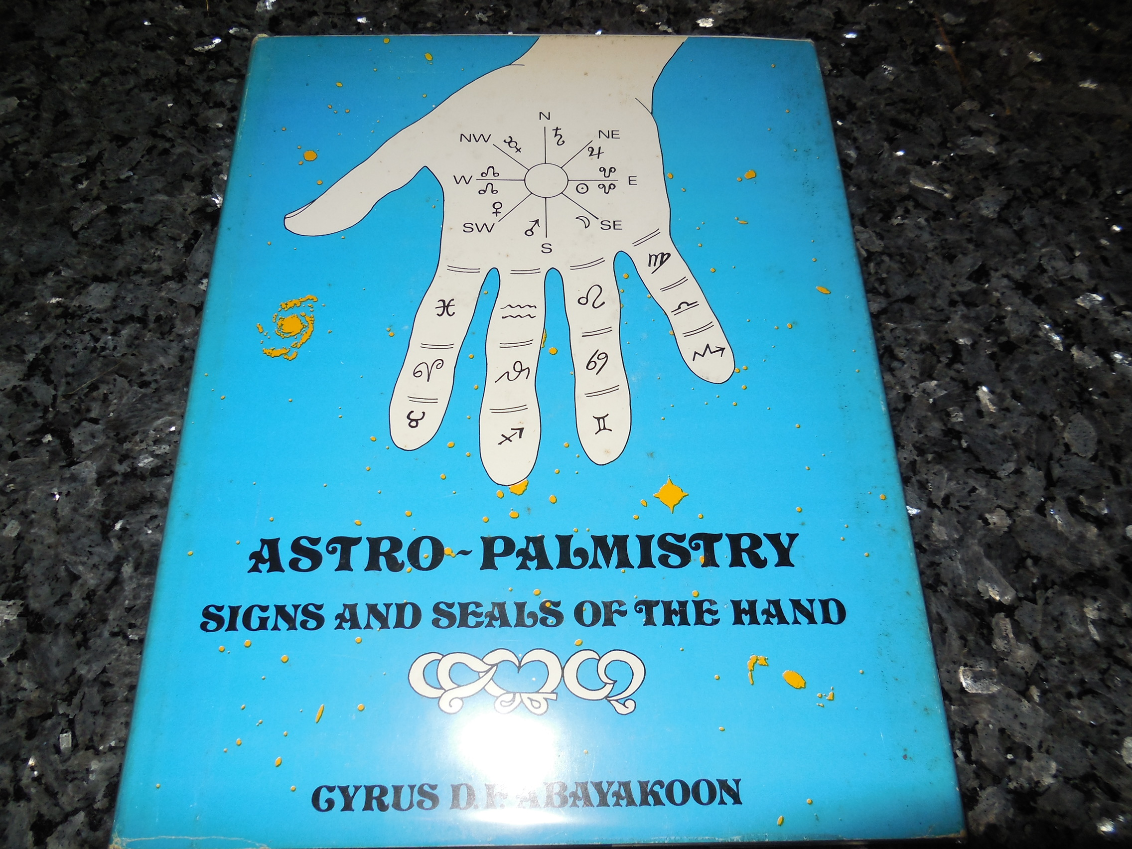 Image for Astro-palmistry: Signs and seals of the hand