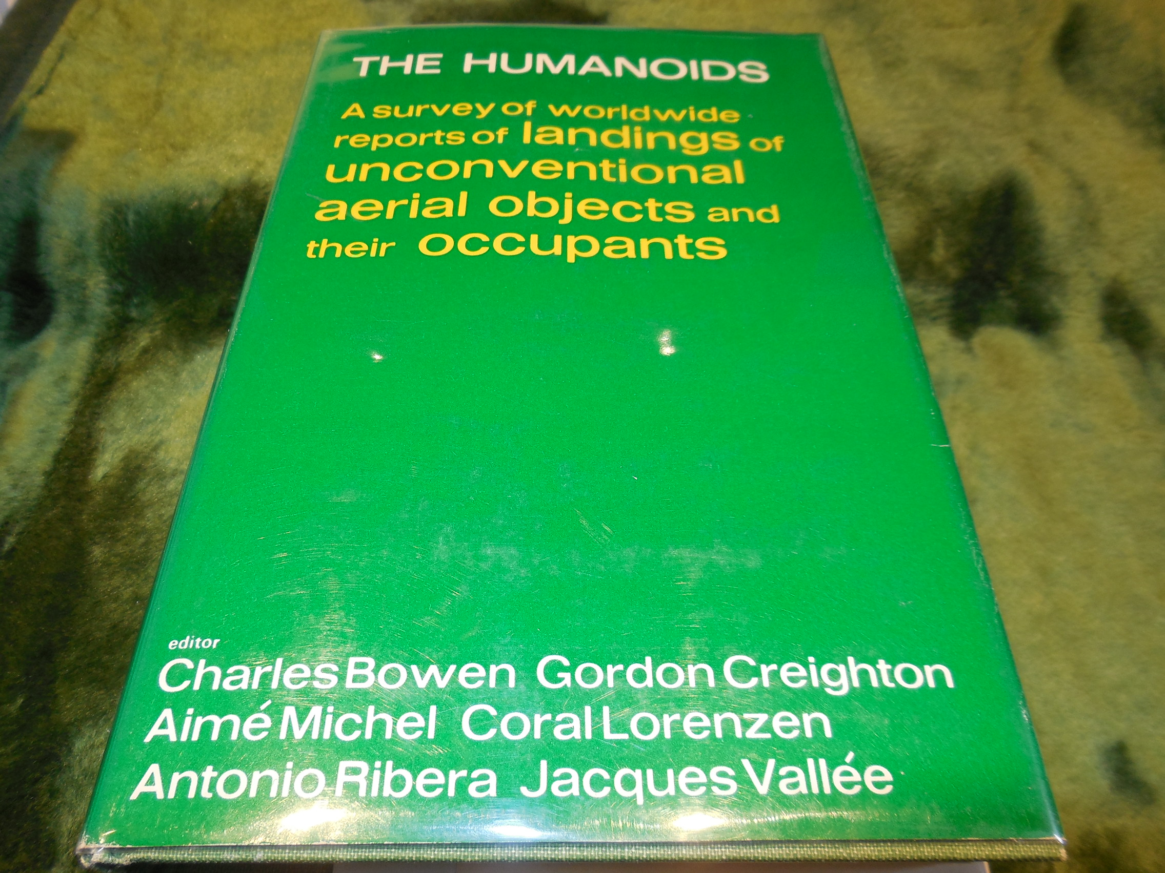 Image for The Humanoids - A Survey of Worldwide Reports of Landings of Unconventional Aerial Objects and Their Occupants