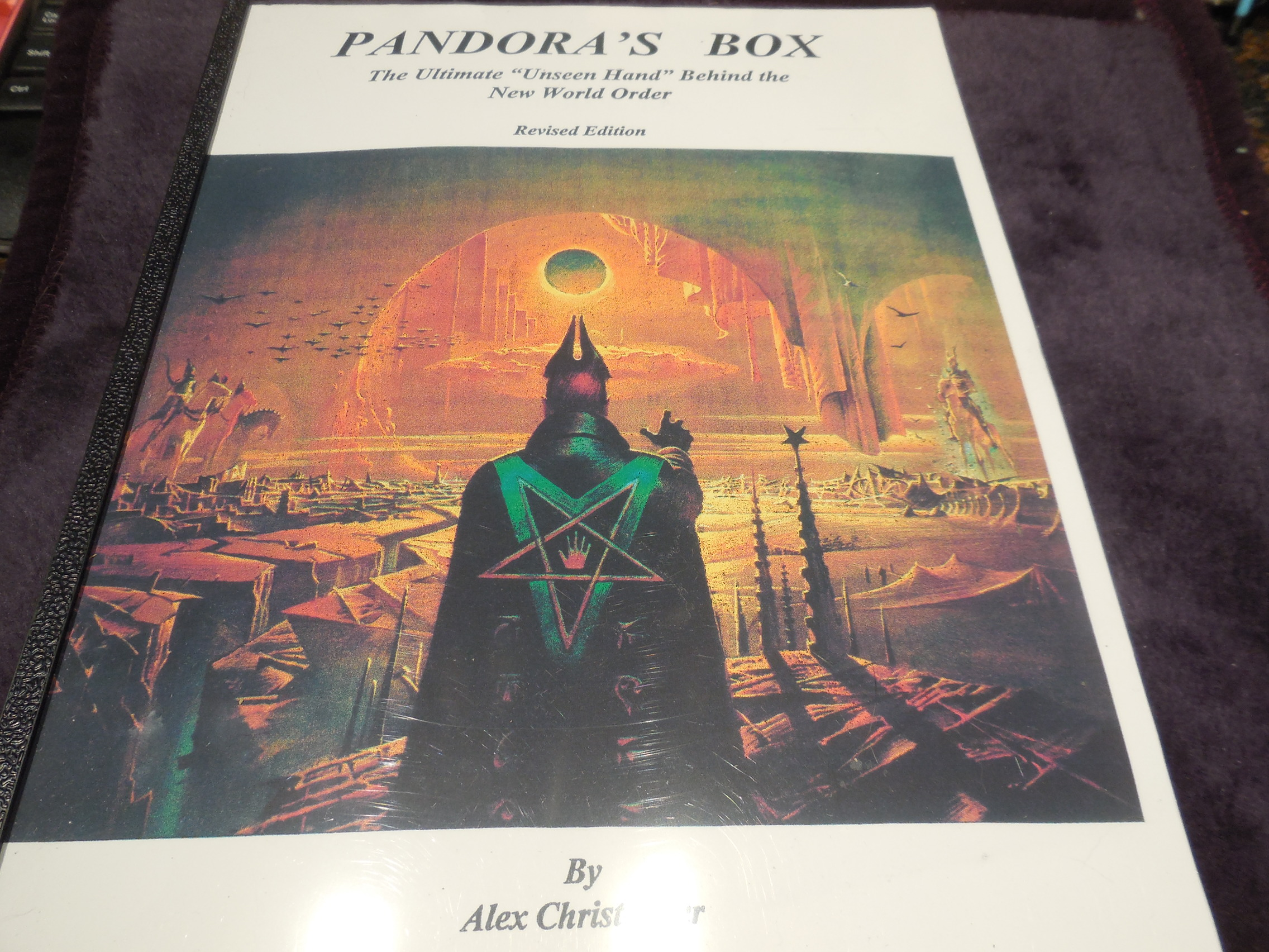 "Image for Pandora's Books - The Ultimate ""Unseen Hand"" Behind the New World Order"