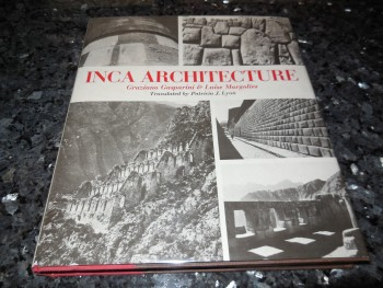 Image for Inca Architecture (English and Spanish Edition)