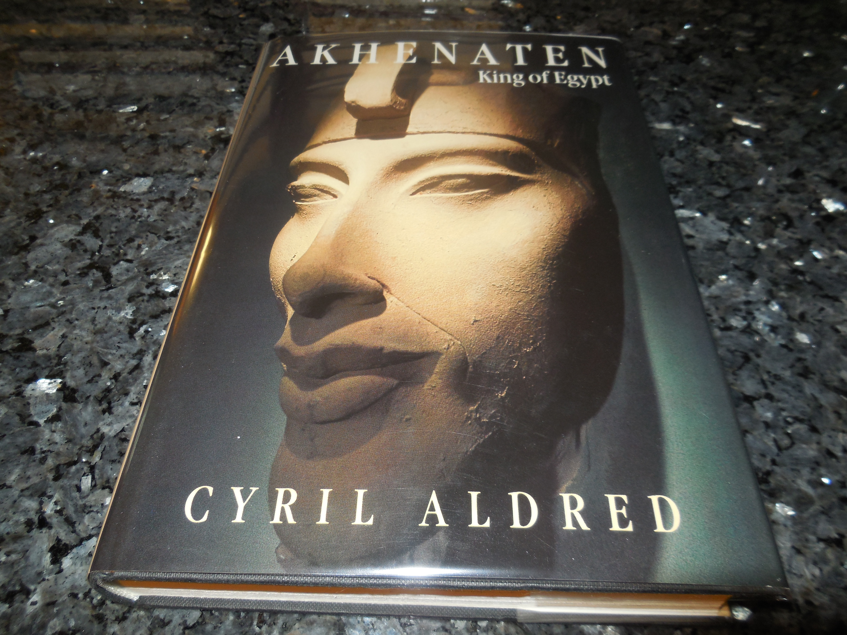 Image for Akhenaten: King of Egypt